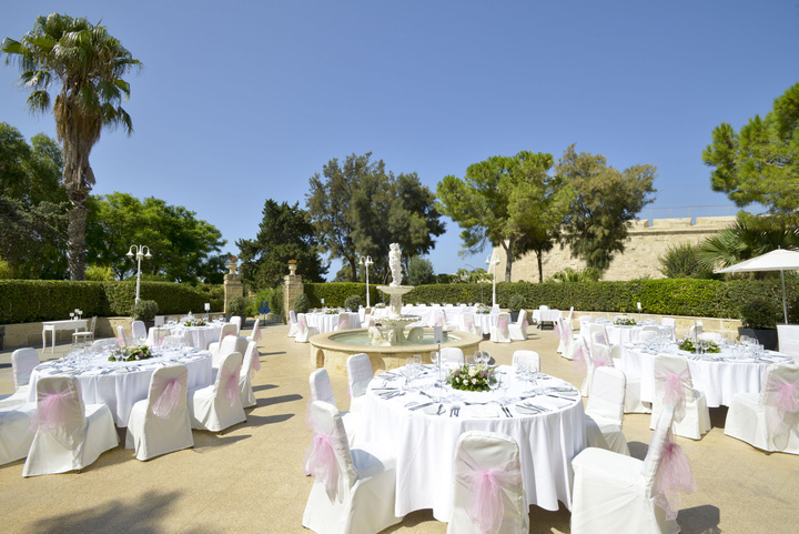 Weddings at The Rotunda - The Phoenicia Malta