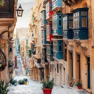 Shopping in Valletta Malta